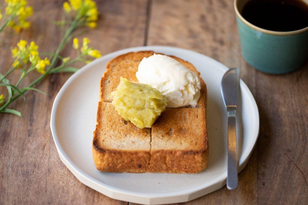 うぐいす餡トースト,トーストのある食卓